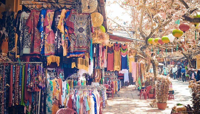 Image depicting a market.